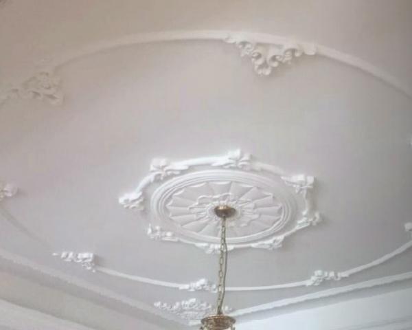 西式天花板
